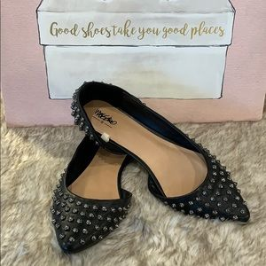 Mossimo Black Silver Studded Ballet Flats Size 9